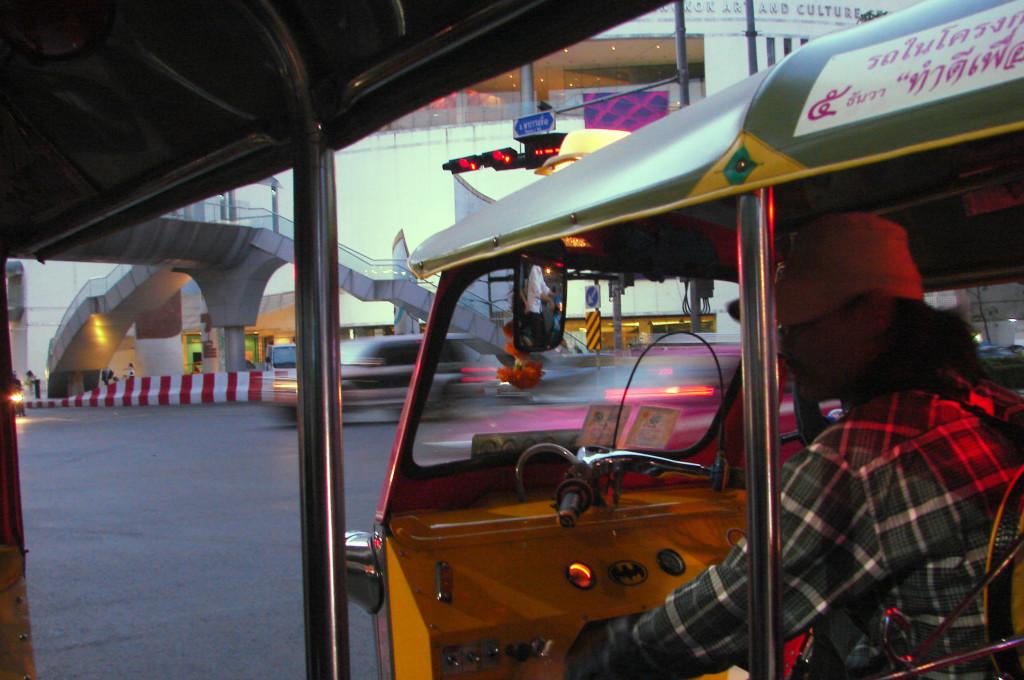 Tuk Tuk fahren in Bangkok
